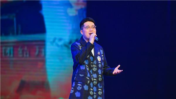 6歌曲《不负此心》《可可托海的牧羊人》演唱:程  卿(湖北省第六届最美文艺志愿者 青年歌手)